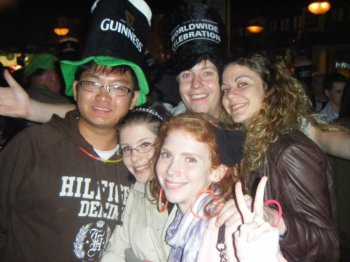 Typical St. Patrick's Day picture. Atypical setting: an Irish bar in... Hong Kong!