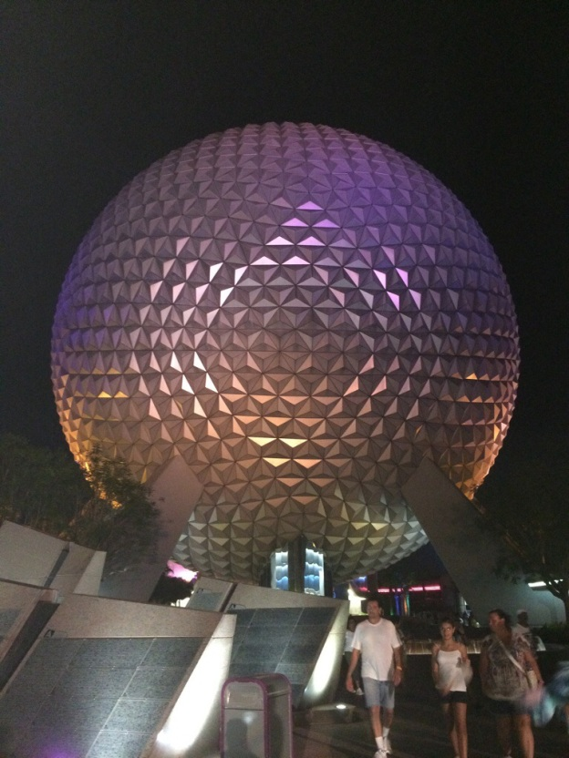 Great night shot of the Epcot globe if I do say so myself.