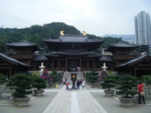 The Chi Lin Nunnery entrance. At a much more peaceful time of year than Chinese New Year.